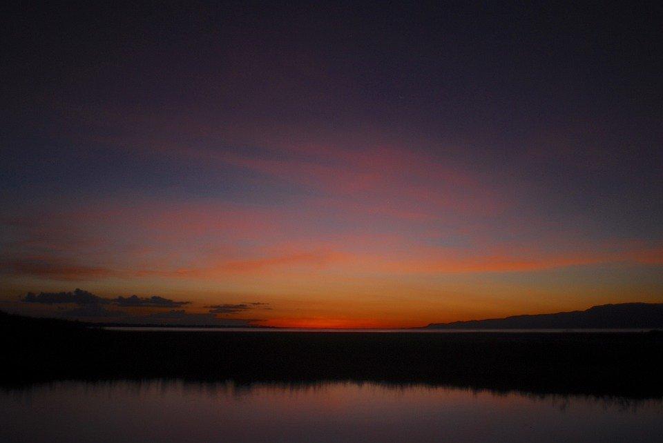 Ciel et terre, plus un magnifique lac