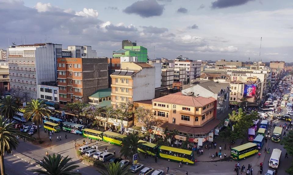 Rue animée de la Nairobi